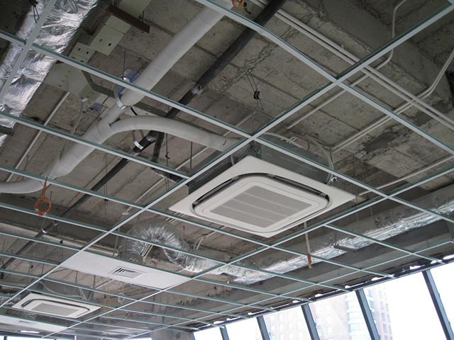 Cần lắp đặt dàn lạnh chắc chắn để đảm bảo an toàn khi sử dụng