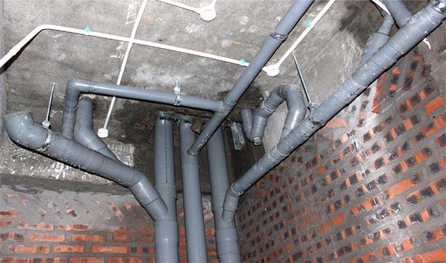 Triển khai lắp đặt đường ống nước trong nhà như đã thiết kế