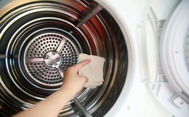 Cần vệ sinh lồng giặt định kỳ