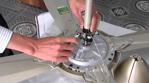 Cách lắp quạt trần Panasonic 4 cánh